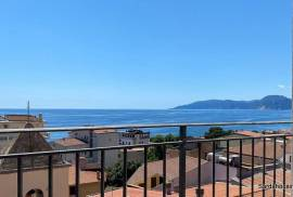 Sea view penthouse in Cala Gonone