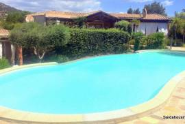 well refined house 450 m to the beach