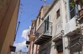 sh 675 town house, Caccamo, Sicily