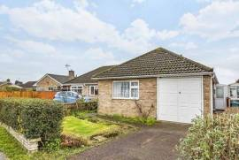 Beautiful 2 Bedroom Bungalow For Sale in Bersted Sussex England
