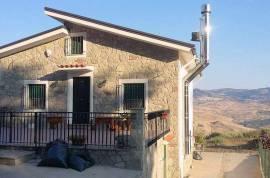 SH 680 villa, Caccamo, Sicily