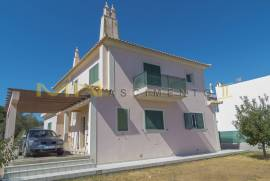 MN1628 - Bedroom detached house close to Olhao