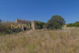 MN1659 - Land with ruin close to Olhao