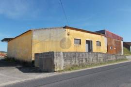 Warehouse of 390 m2 to recover with land